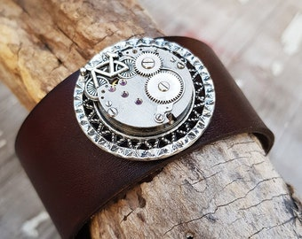 Bicycle Leather Bracelet - Steampunk Wrist Cuff Wristband