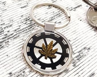 Pot Leaf Keychain Cannabis Keyring Personalized Engraved Custom Text, Marijuanna Weed keychain, Steampunk Gift, Pot Leaf Key Chain Marijuana