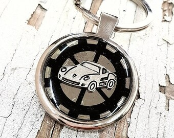 Personalized Sports Car Keychain, Racing Car Keyring New Driver Engraved Custom Text Vintage Metal Key Chain for Dad Keys