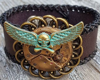 Flying Skull Steampunk Leather Cuff Bracelet Watch parts Steampunk Wristband Woman Cuff Bracelets Woman outfit ladies girls bikers gift