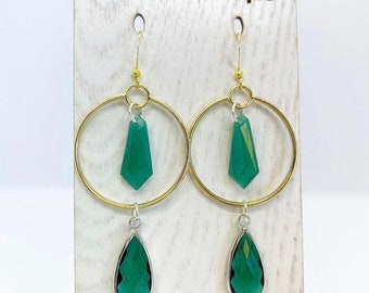 Green crystal art deco earrings