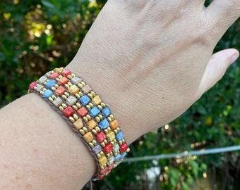 One size fits all drawstring beaded bracelet
