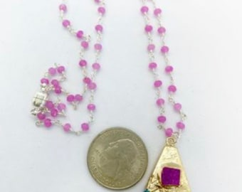 """22"""" rosary style chain with Druzy pendant and magnetic clasp."""