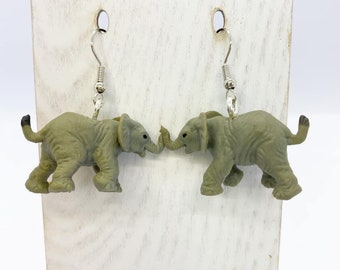 Lightweight rubber elephant earrings