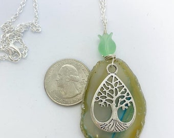 Wire wrapped Agate slice necklace on nickel free chain