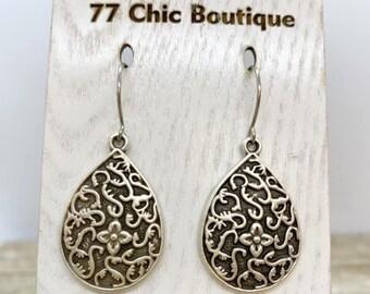 Matte silver Drop earrings