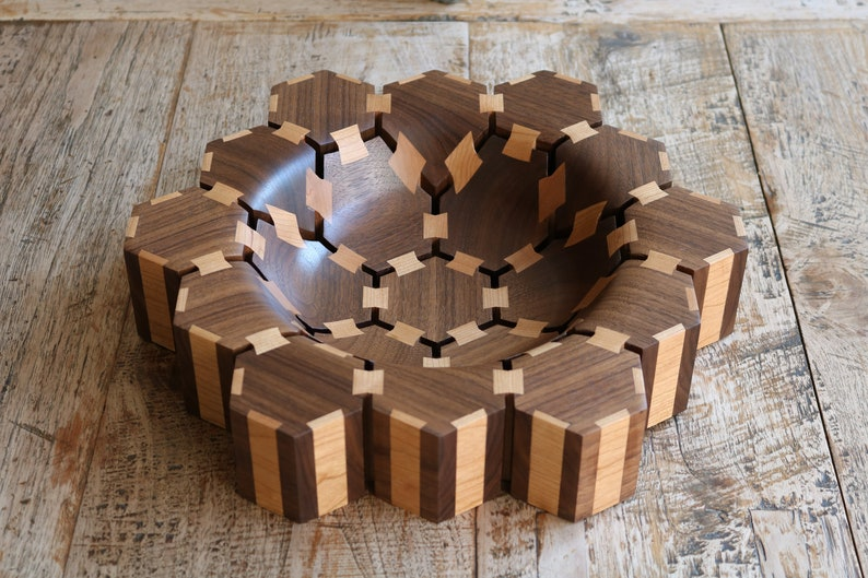 Butterfly hexagon bowl image 0