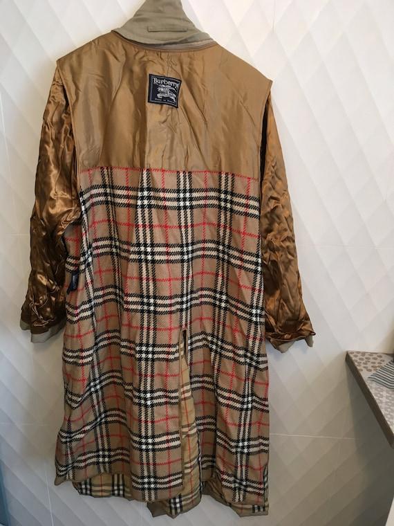 الطب النفسي جوهر عيد الفصح Authentic, Vintage Burberry Trench Coat
