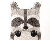 Raccoon - Embroidery Kit