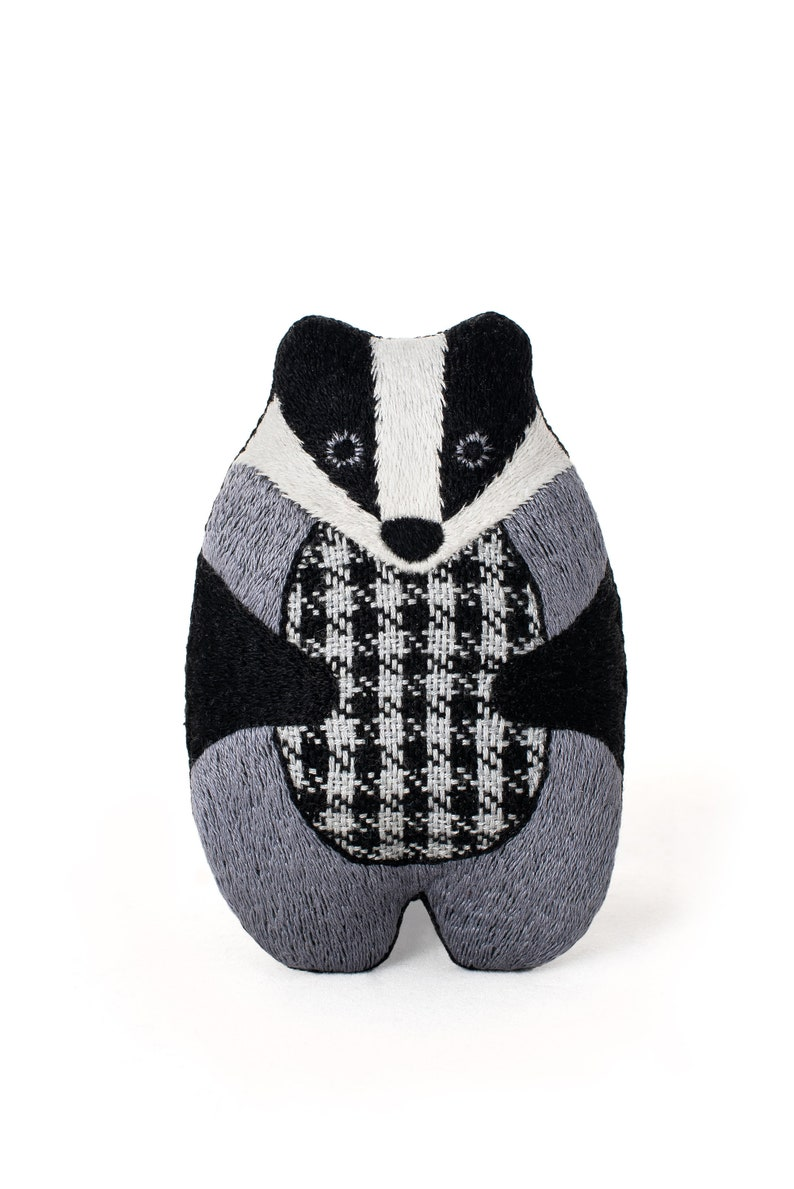 Badger  Embroidery Kit image 0