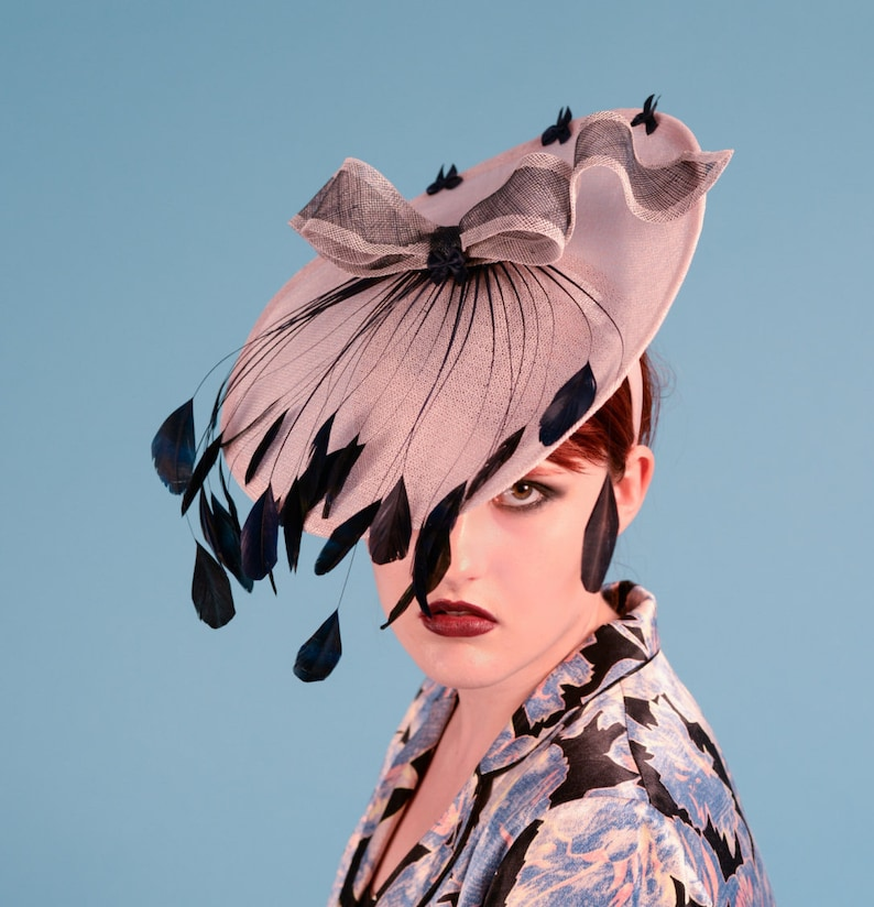 Sinamay saucer hat with contrasting bow and stripped coque image 0