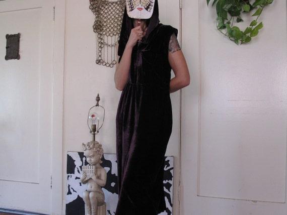 1930's Purple Silk Velvet Hooded Dress sz Med/Lrg - image 3