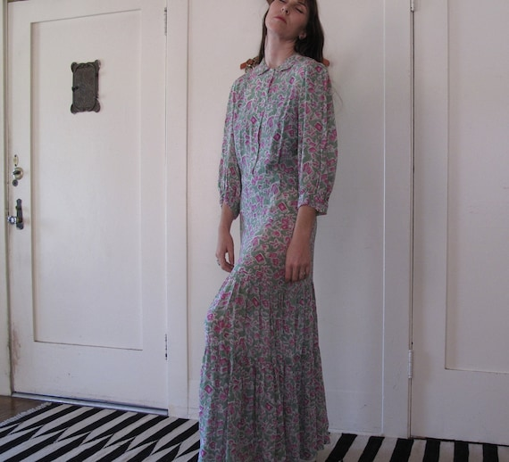 1940's Novelty Print Maxi Dress sz Med