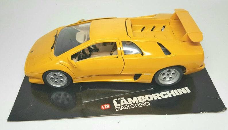 Vintage Bburago Lamborghini Diablo 1990 Model Car 1 18 Scale Die Cast
