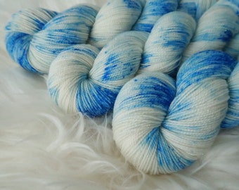Icicle~Gold Sparkle Sock~ SW Merino/Nylon Fingering weight with speckles hand dyed wool sock yarn,100g 3.5Oz