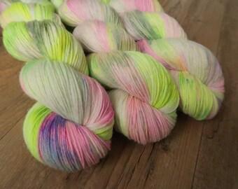 Spring Garden ~Baby Alpaca Sock~ non-sw Merino/Baby alpaca/Nylon Fingering weight pink and green speckled hand dyed sock yarn,100g 3.5Oz