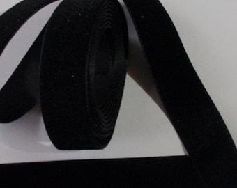5 yards 7/8 inches Velvet Ribbon in Black RY78-003