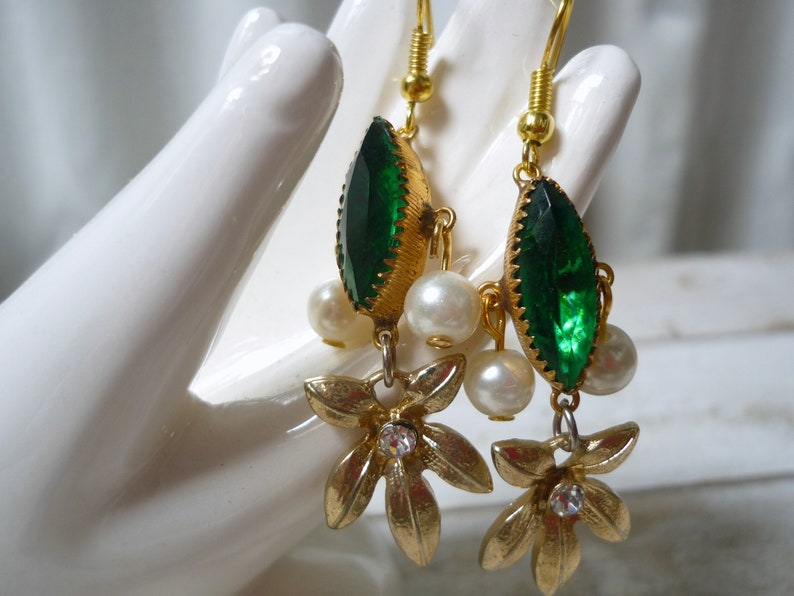upcycled earring vintage pieces earring-emerald rhinestone image 0