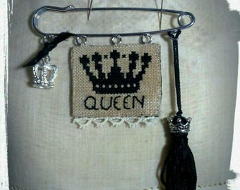 queen brooch kit