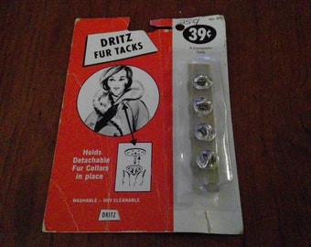 DRITZ Fur Tacks Unique Sewing Notion from the 1960's