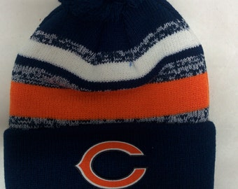 best service b9ce6 f1fdf 9.98 2a912 65d4d  real chicago bears applique logo on a knit cuffed beanie  pom hat cap. dark blue