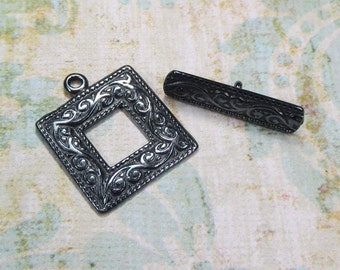 Victorian Style Black Oxide Toggle Clasp, 1 Clasp - Item 831