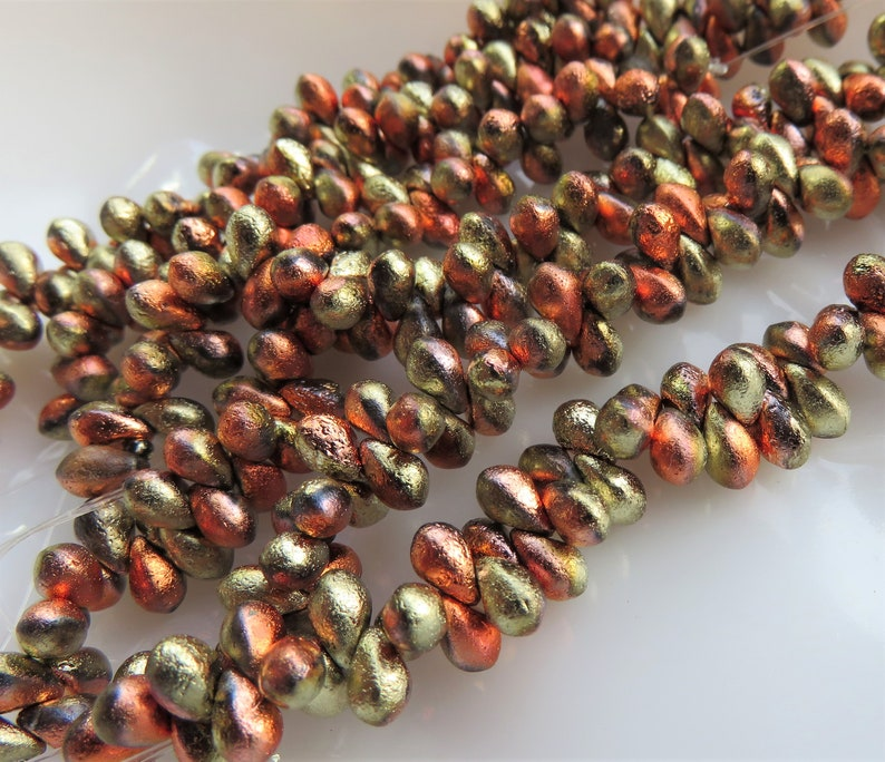 Item 6999 California Gold Etched Czech Teardrop  4 by 6 mm Beads 50 Beads