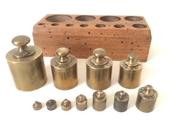 Complete Set of French Vintage Bronze Kilogram Scale Weights from 1940s