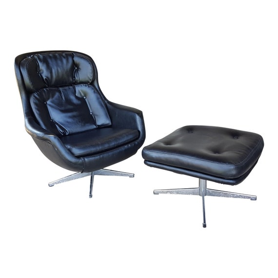 Mid Century Modern Selig Imperial Egg Lounge Chair