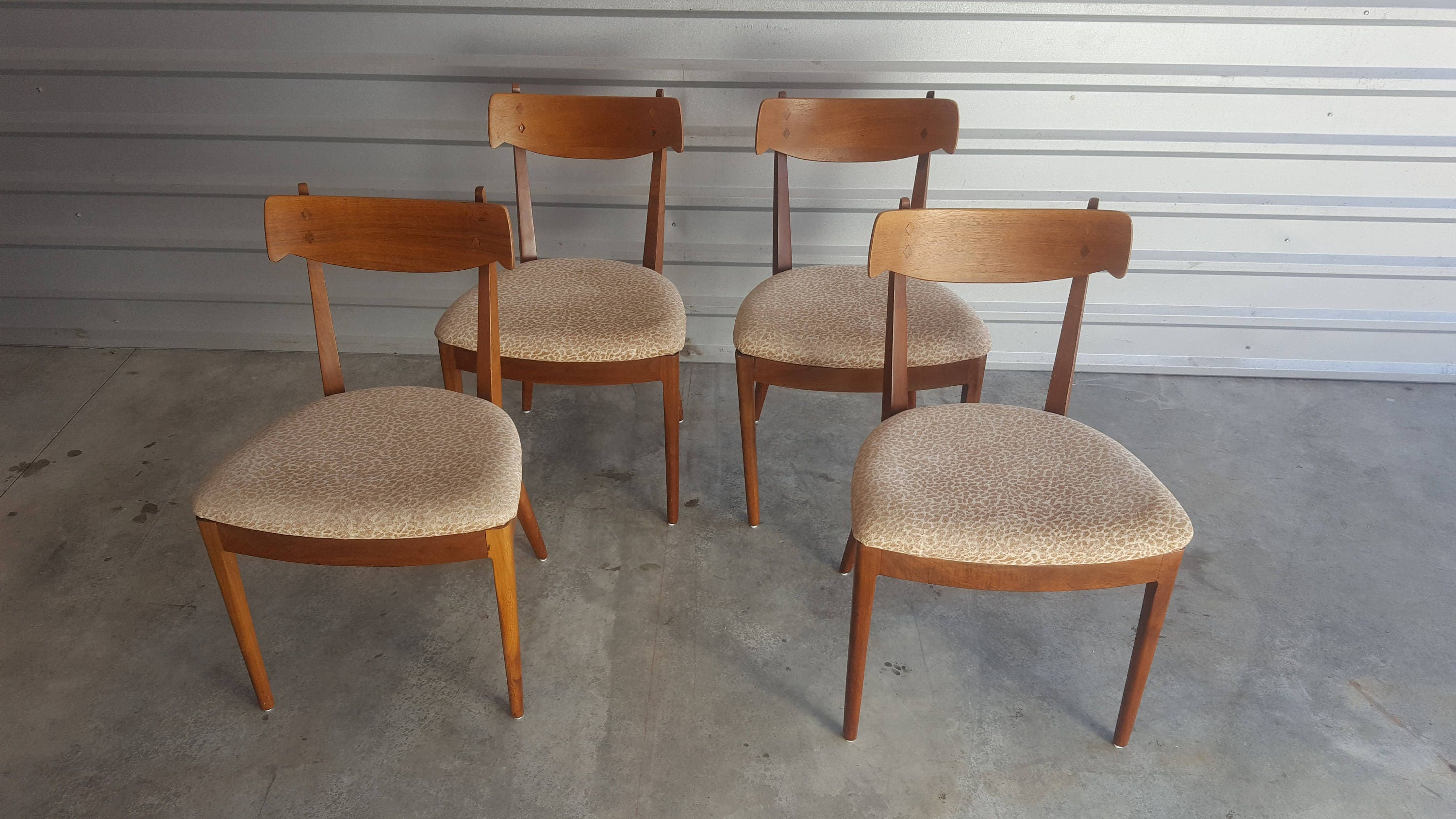 Vintage Mid Century Drexel Dining Chairs   Kipp Stewart For Drexel  Deceleration   4 Dining Room Chairs