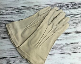 1940s Ladies Gloves, 1940s Clothing, Vintage Gloves, Cream Gloves, Handmade Gloves, Hand Stitched Gloves, Driving Gloves, 1930s, Vintage