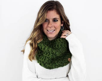 Chunky Knit Scarf, Knitted Scarves Cowl Grass- Calvert Cowl