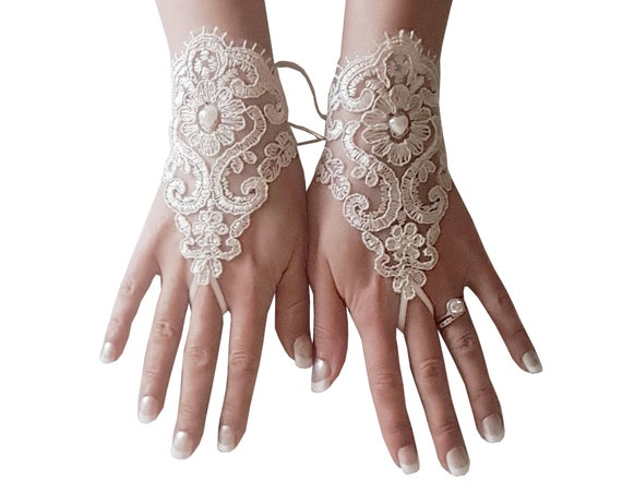 Champagne Bridal gloves, lace wrist, cuff lace, gloves wedding, prom accessory, party gloves,  rustic  wedding wonderland