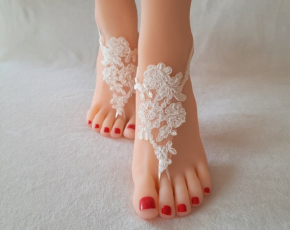 beaded barefoot sandals, white or ivory  bridal lace sandals, barefoot sandal, beach accessories, lace anklets, beach party, bellydance