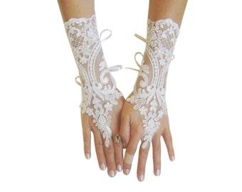 Ivory  Wedding gloves, bridal gloves, lace gloves, fingerless gloves, french lace gloves, bridal accessories, lace gauntlets, long gloves