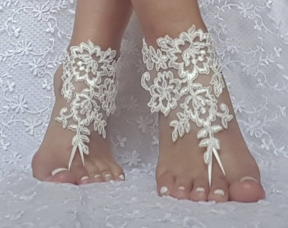 ivory Beach bridal barefoot sandal wedding shoe prom party bridal barefeett sandals beach anklets, bridal accessories ankle bangle