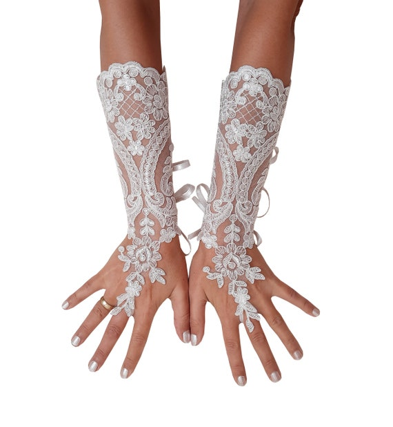 Long Ivory lace gloves, bridal gloves, lace gloves, fingerless gloves, ivory gloves, french lace gloves, long gloves, lace mittens,