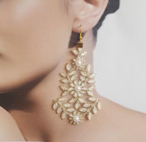ivory gold Bridal earrings, jewelry, lace earrings, wedding jewelry, lace jewelry, wedding gift handmade, costume jewelry, bohemian earrings