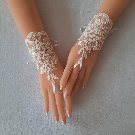 Wedding Gloves, Wedding, Bridal Gloves, Fingerless Gloves, Ivory, Wedding accessories bridal accessory victorian wedding lace gloves wedding
