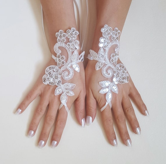 white or ivory scaly Wedding gloves adorned sequins party prom wedding bridal bride celebration gift for woman