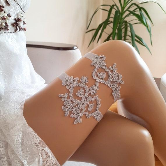 Bridal garter set, gray garter, toss garter, wedding garter for bride, gray color, two garter, lace garter, grey garter, bridetobe, gray