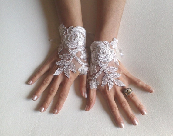 Ivory or white Wedding gloves bridal gloves lace gloves fingerless gloves ivory gloves french lace gloves