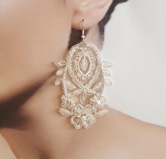 ivory silver Bridal earrings, jewelry lace earrings, wedding, lace jewelry, wedding gift handmade, costume jewelry, bohemian, birdal shower,