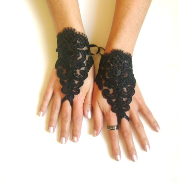 goth gothic lace black Wedding gloves, Party gloves, bridal gloves fingerless gloves french lace vampire
