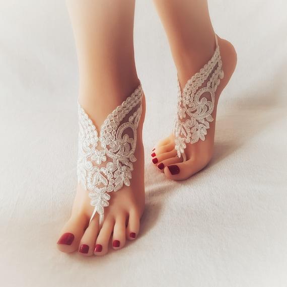 Lace bridal anklet, wedding barefoot sandal, beach shoes, bridal accessory, wedding anklet, lace barefoot sandals, wedding shoe, lace anklet