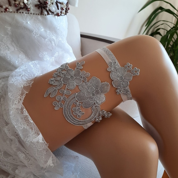 Silver garter set, wedding garter,garter for wedding, garter set, prom garter, toss garter, modern garter, bridetobe, lace garter, garter