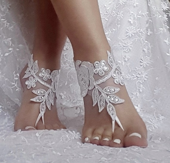 Bridal anklet, ivory white lace sandals, Beach wedding barefoot sandals, bangle, wedding ankle anklet, bridal, bellydance, gothic