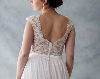 Romantic Ivory lace scoop Neck low back chiffon and Lace Wedding Dress also Good for Beach Wedding - AM 7840001