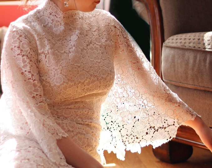 CLEARANCE - Ivory Vintage Shawl Style Ankle Length Lace Wedding Bridal Dress for Garden Vintage Wedding-AM19860089