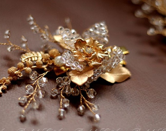 Bridal hair piece. Wedding set of  2 clip. Gold flower Hair vines clip. Pearl hair pins. Wedding accessories. Golden small flower pins